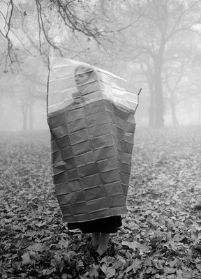 Taking cover against the smog in London's Hyde Park, November 1953, TopFoto, TopFoto, In Copyright