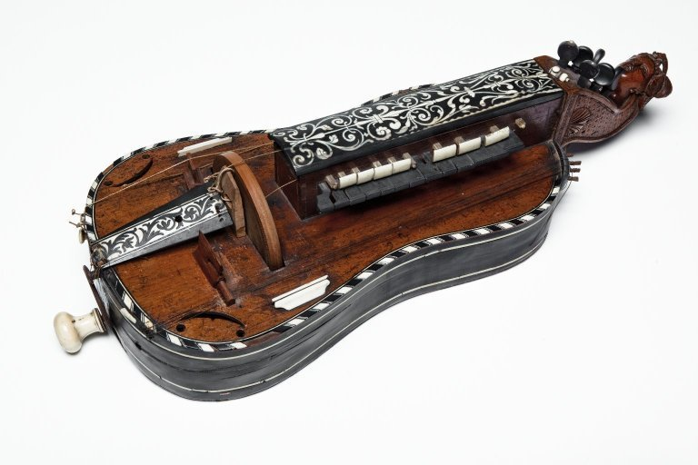 Hurdy gurdy, , University Of Edinburgh, CC BY-NC-SA