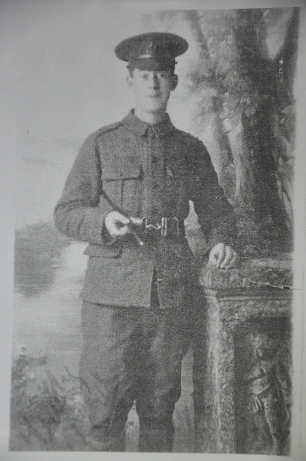 John Stafford, 5th Liverpool Regiment, in uniform, 1915-1916, Liverpool, Europeana 1914-1918 / Joan Almond, CC BY-SA