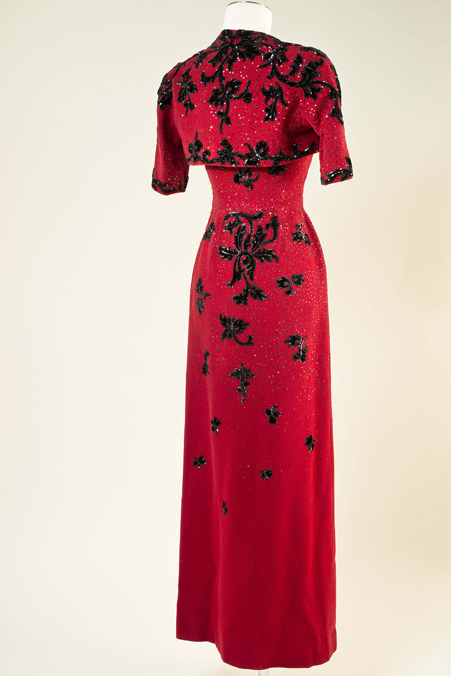 Red and black embroidered dress and bolero (back), 1947, Cristóbal Balenciaga, MUDE Museo do Design e da Moda, In Copyright