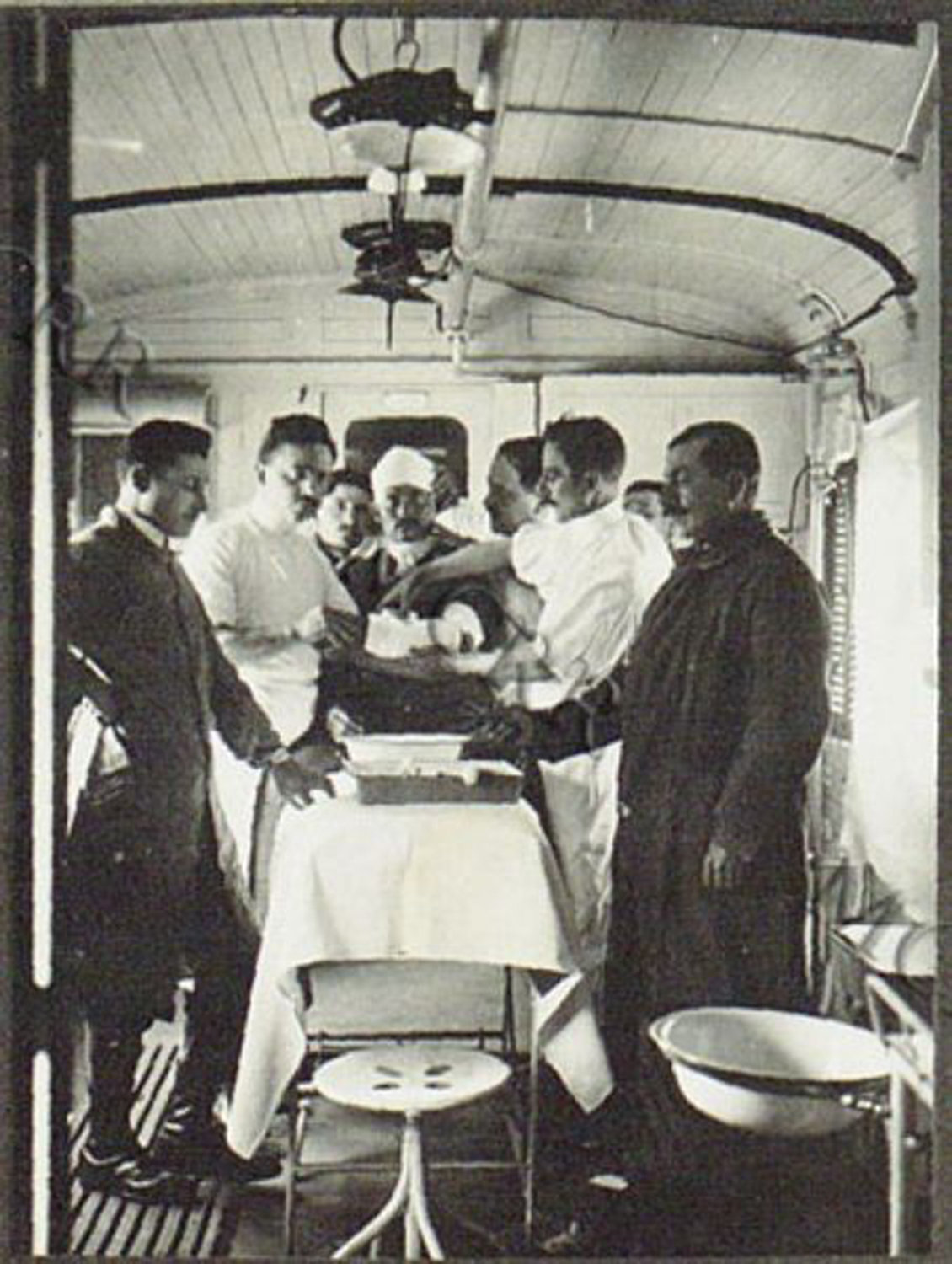 Treatment room in a train, 1916 Italien, Museo Centrale del Risorgimento, In Copyright