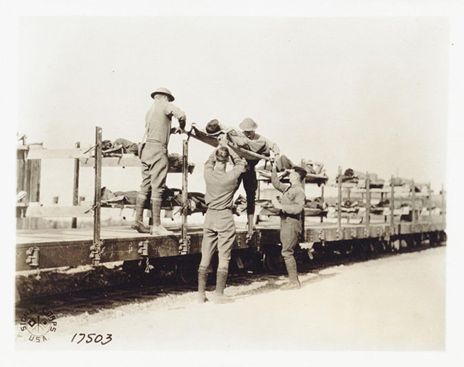 Un Treno per il trasporto dei feriti, 1918 Italien , Biblioteca Universitaria Alessandrina, In Copyright