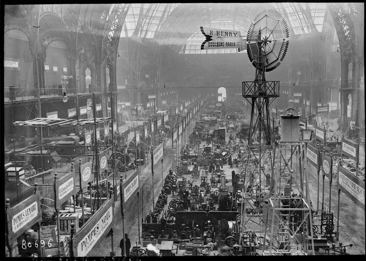 Farming machinery trade show at Grand Palais, 1923, Agence Rol. Agence photographique, Bibliothèque nationale de France, No Copyright - Other Known Legal Restrictions