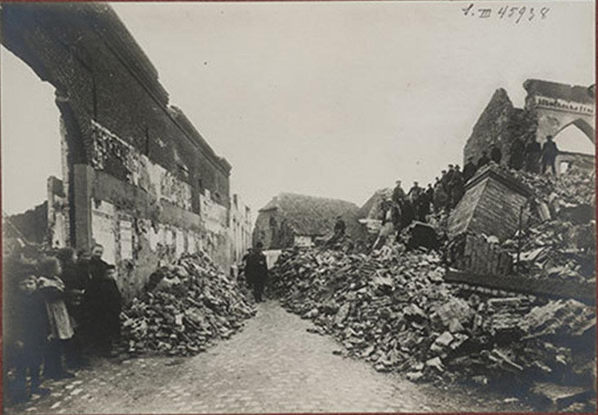 Destroyed streets, Damgaard, Holge Danmark, København, Ved Stranden, Koninklijke Bibliotheek van België - Royal Library of Belgium (KBR), CC BY-SA