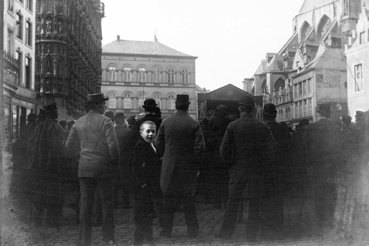 Main market square of Leuven, Belgium, before 1914, , Stadsarchief Leuven/Collection Eugène Sprengers, In Copyright