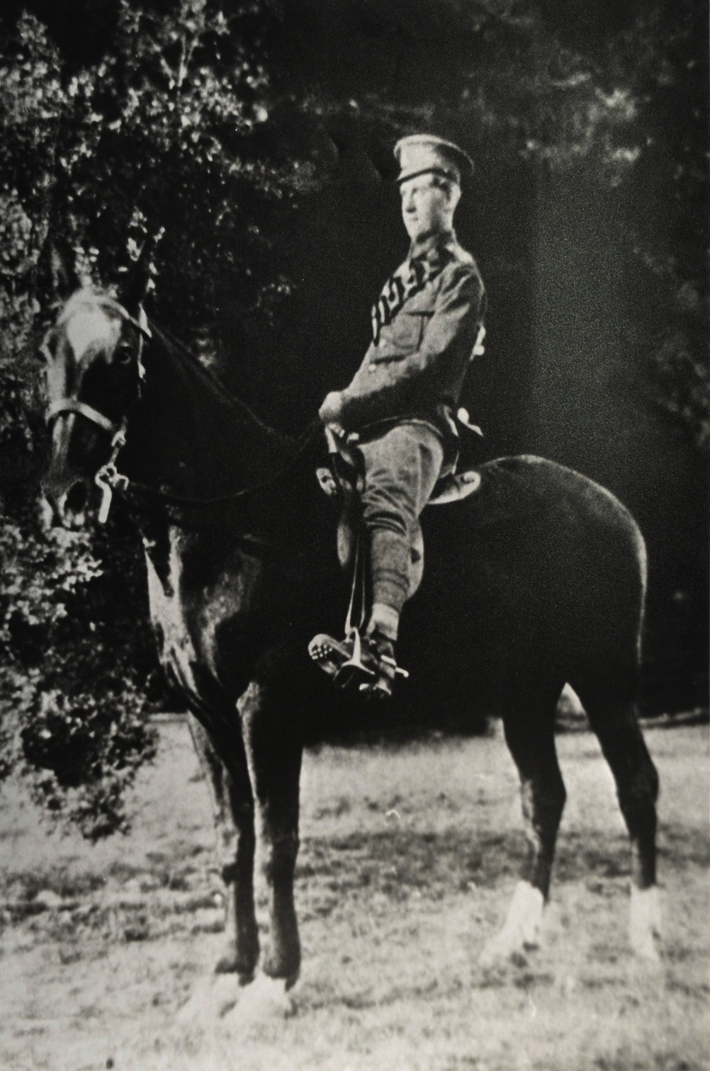 William Rose Townhill in uniform on a horse, 26/04/1915,  Europeana 1914- 1918 / Alan Townhill, CC BY-SA