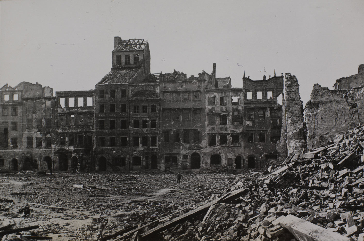 Ruins of Warsaw, 1939, unknown photographer, The Royal Library: The National Library of Denmark and Copenhagen University Library, CC BY-NC-ND