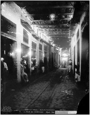 Cobblers Souk in Tunisia, circa 1900, Neurdein Frères/Roger-Viollet, Parisienne de Photographie, In Copyright