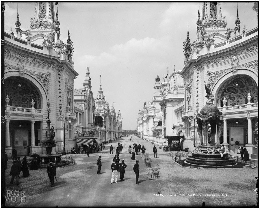 Pavilions at Les Invalides, 1900, Léon et Lévy/Roger-Viollet, Parisienne de Photographie, In Copyright