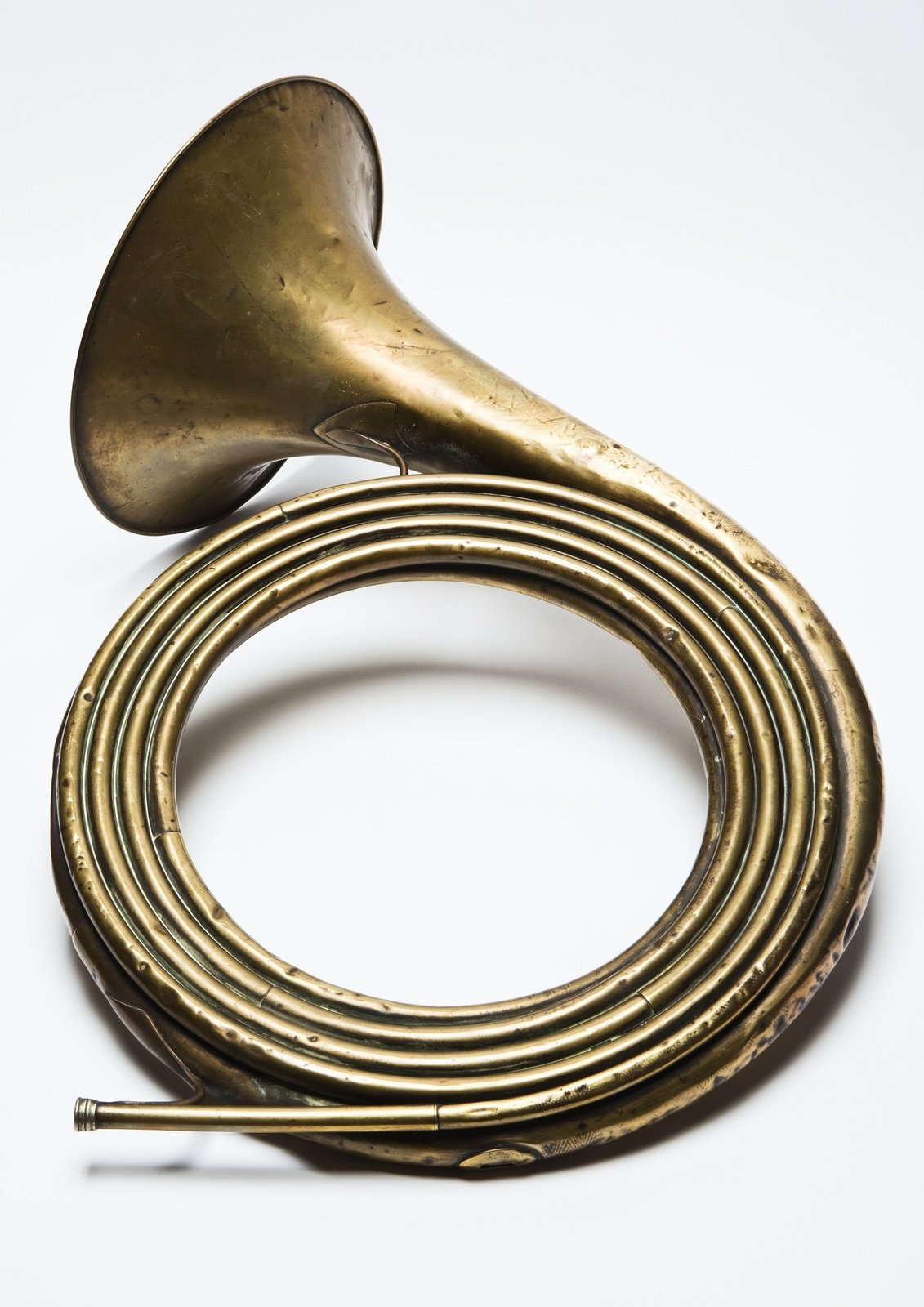 Trompe de chasse contrebasse, 1900  , Millereau, [The unusual feature of this natural horn is its unbroken tube length of over nine metres. It is pitched in 28-ft D. It was intended to add a deep notes to an ensemble of French hunting horns (trompes de chasse).], University of Edinburgh, CC BY-NC-SA
