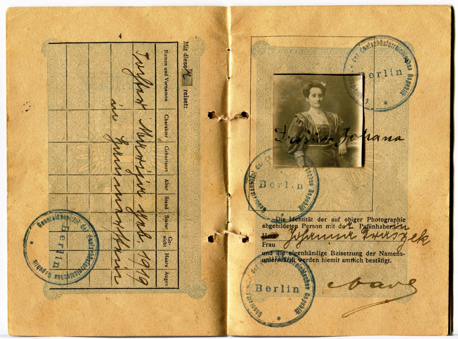 Passport of Janina Elizabeta Mazurkiewicz, undated, Europeana 1914-1918 / Rada Čopi, CC BY-SA