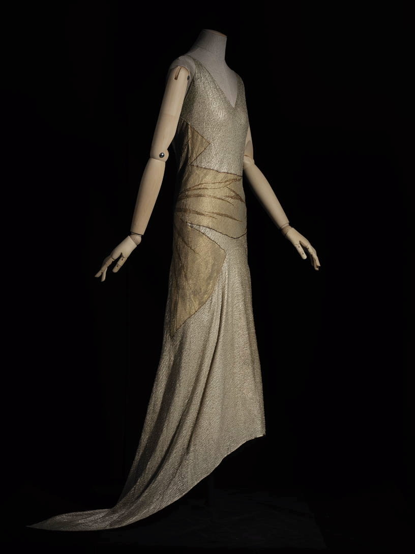 Long embroidered evening gown with 'bow' motif on one side, 1924, Madeleine Vionnet, Les Arts Décoratifs, In Copyright