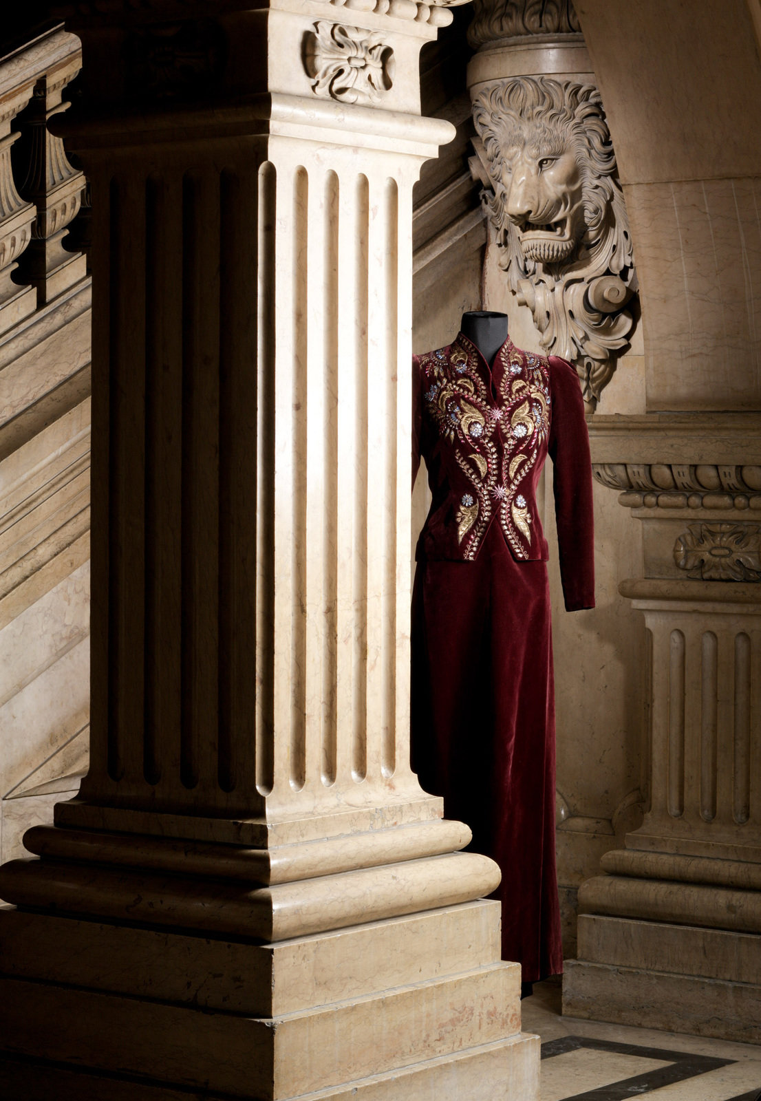 Embroidered dark red ensemble, 1937, Elsa Schiaparelli, MUDE Museo do Design e da Moda, In Copyright
