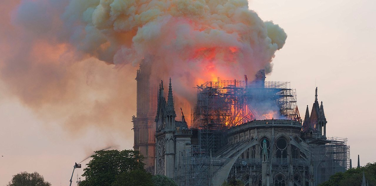 Notre-Dame on fire, April 15 2019, Godefroy Troude, Wikimedia Commons, CC BY-SA