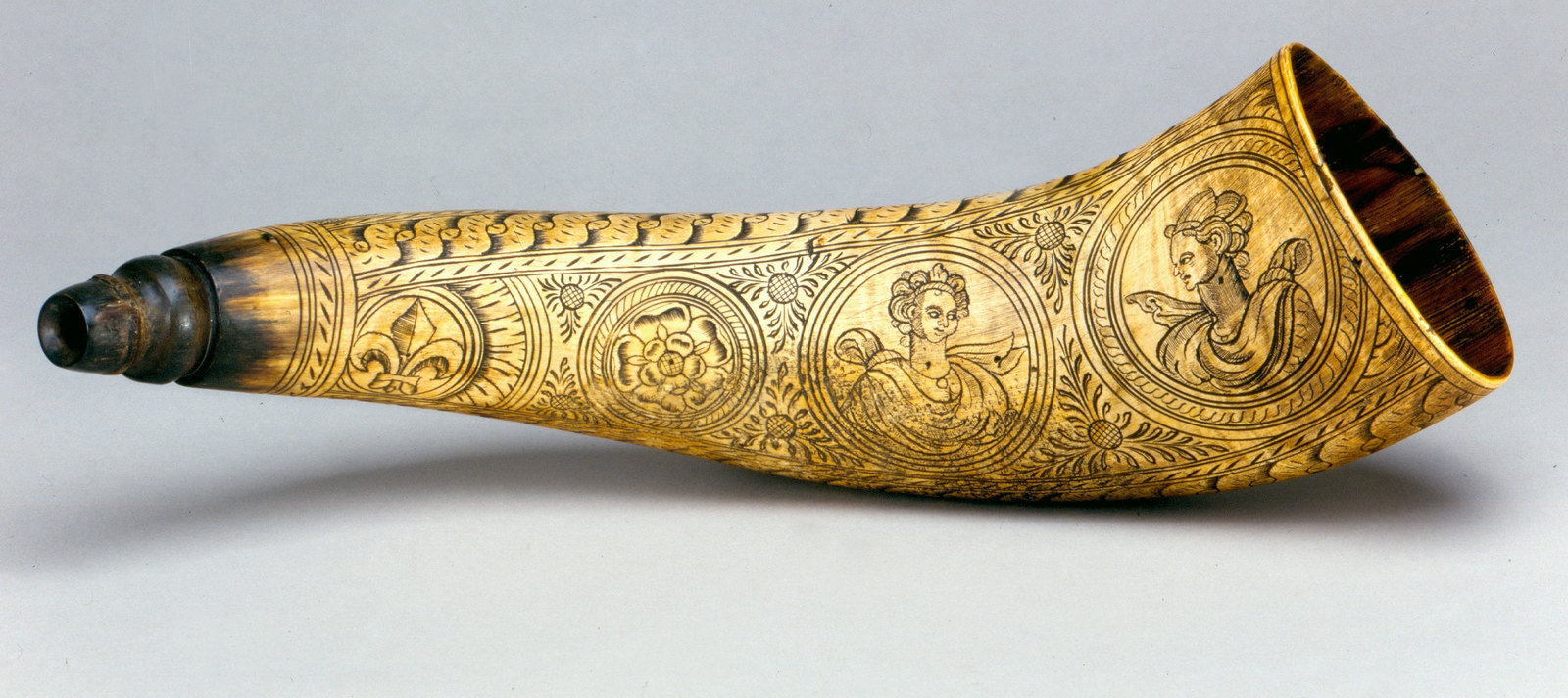 Jägerhorn, Hunting horn, Friedrich Purrer, Foto: Marion Wenzel, Museum für Musikinstrumente der Universität Leipzig, CC BY-NC-SA