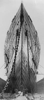 The Leviathan in dry dock, 1930, anonymous, Topfoto.co.uk, In Copyright