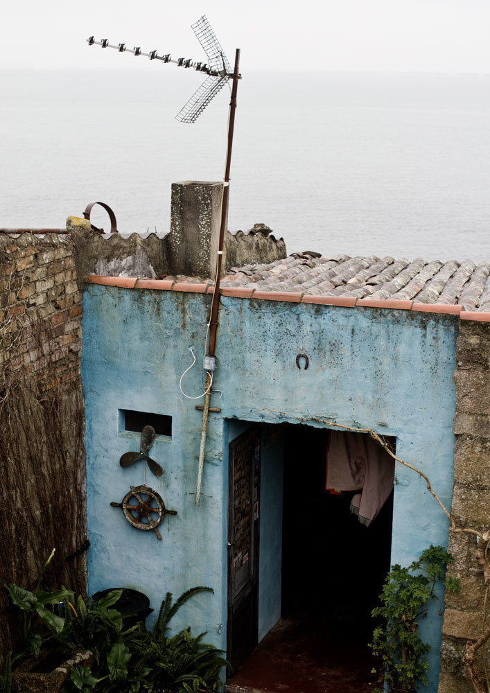 Winter 2012/2013, Cambados, Spain. A clam digger's shed, Mar Cuervo, Audiovisual Library of the European Commission, CC BY-NC-ND