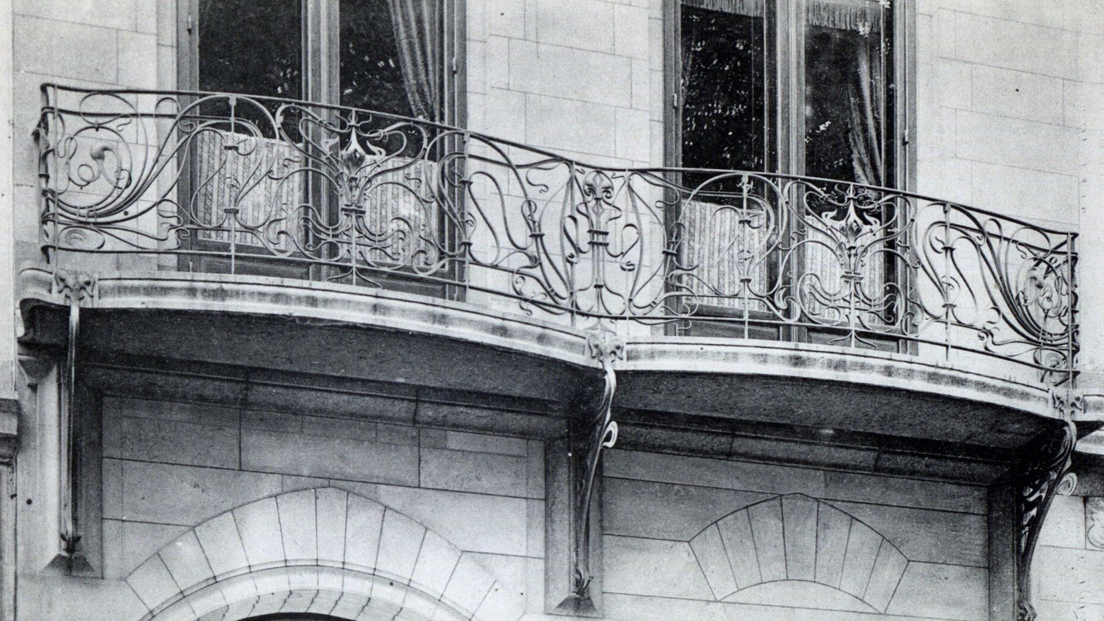Bruxelles maison (detail), 21 av. Louise-architecte: Saintenoy, Ghent University Library, CC BY-SA
