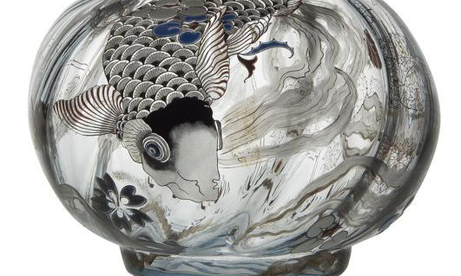 Vase: La carpe, 1878, Emile Gallé , Paris; musée des Arts décoratifs, In Copyright