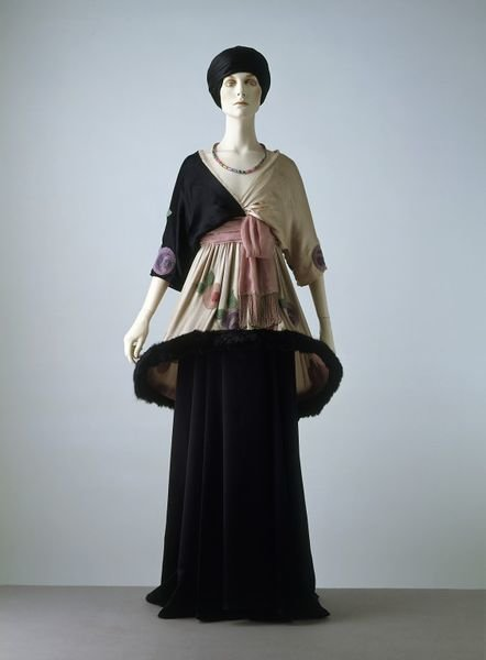 'Sorbet' evening dress, 1912, Paul Poiret, Victoria and Albert Museum, CC BY
