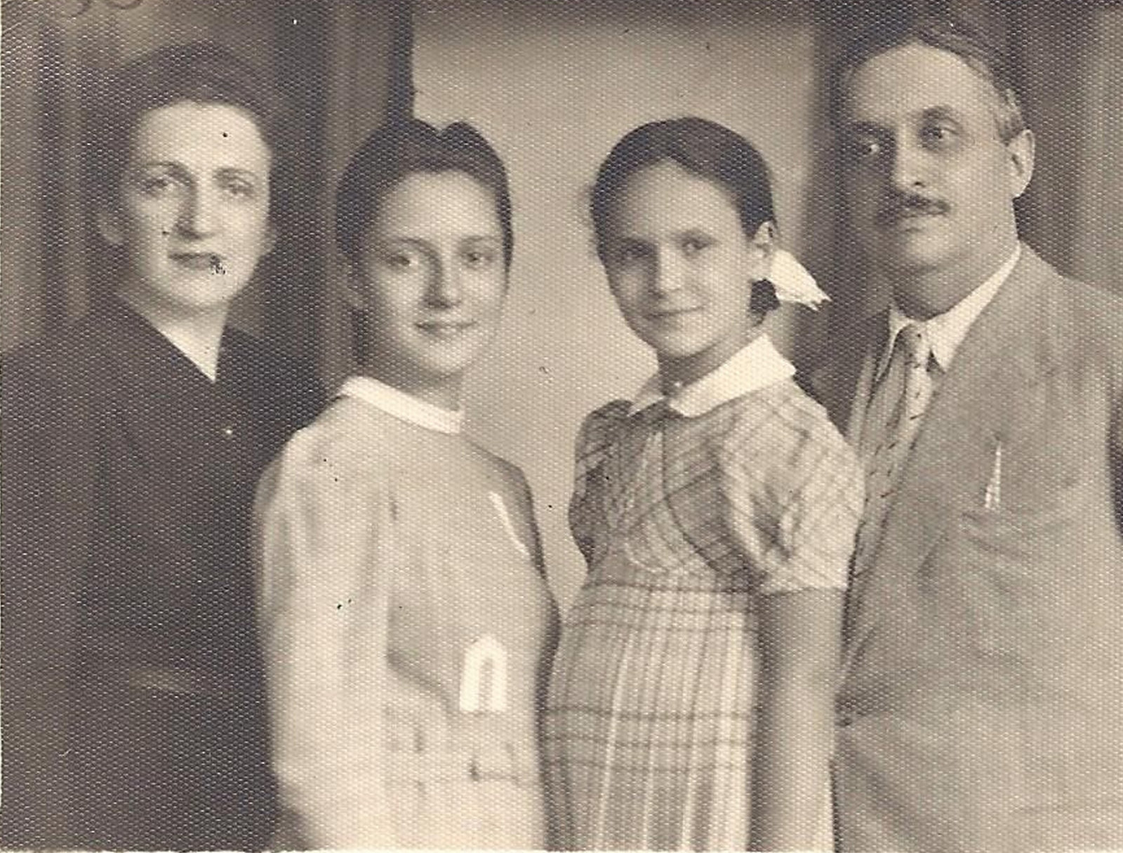 Passport photograph of the Janco family: Marcel Janco with his wife Clara and his daughters Josine and Theodora, 1941, Unknown photographer, Janco Archives, Tel Aviv, Copyright Not Evaluated