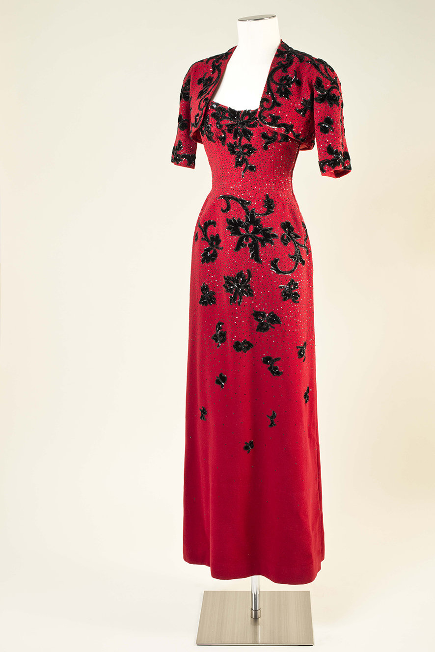 Red and black embroidered dress and bolero (front), 1947, Cristóbal Balenciaga, MUDE Museo do Design e da Moda, In Copyright