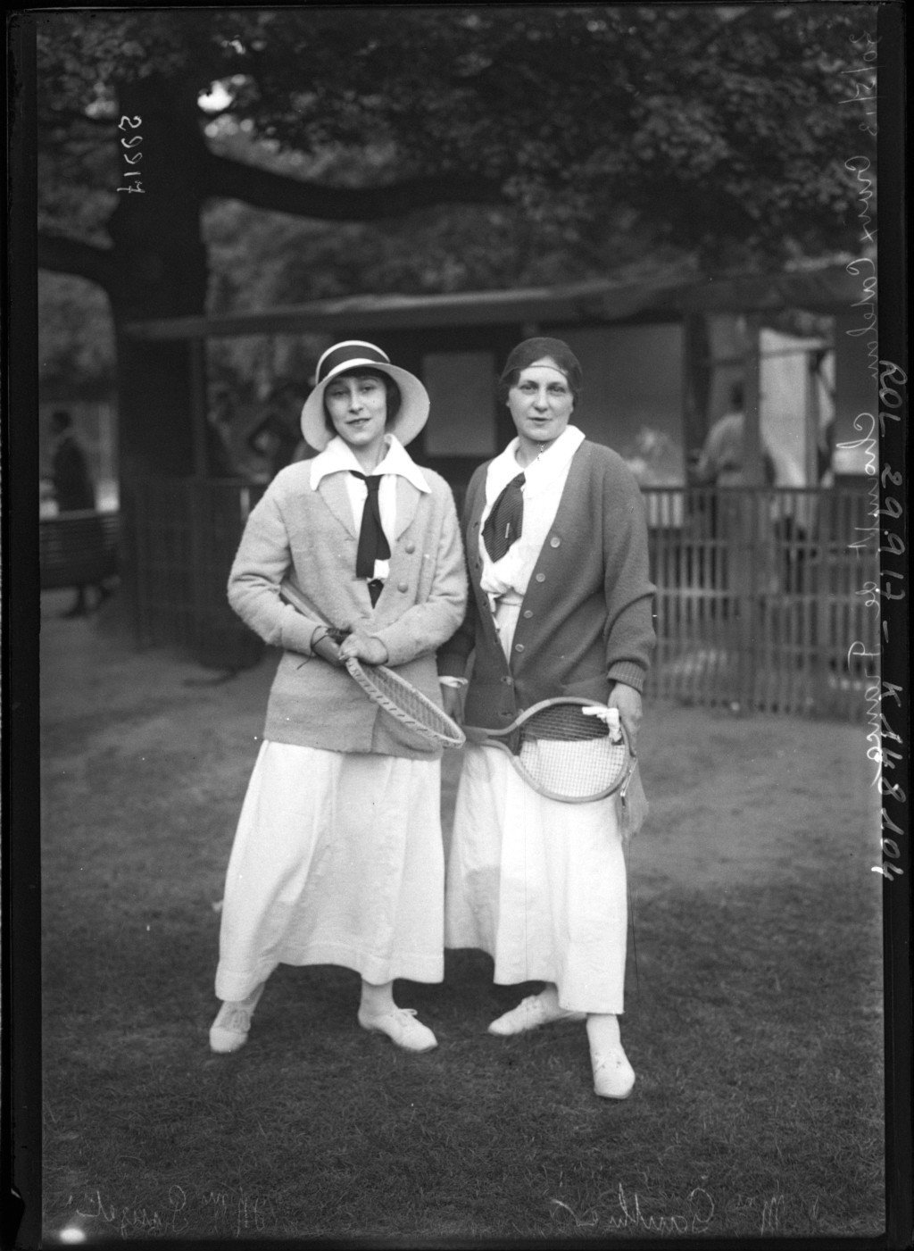 Mme Gautiera and Mme Pujet at France tennis championships, Croix-Catelan, 1913, Agence Rol, Bibliothèque Nationale de France, Public Domain Mark