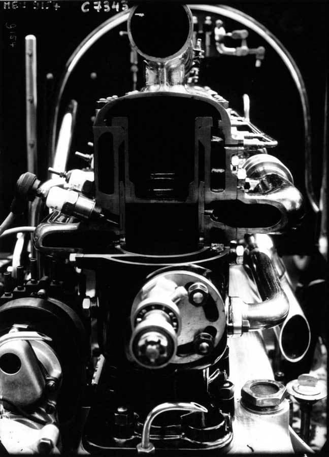 Rollan-Pilain motor at the Salon, 1910, Agence de presse Meurisse, Bibliothèque nationale de France, No Copyright - Other Known Legal Restrictions
